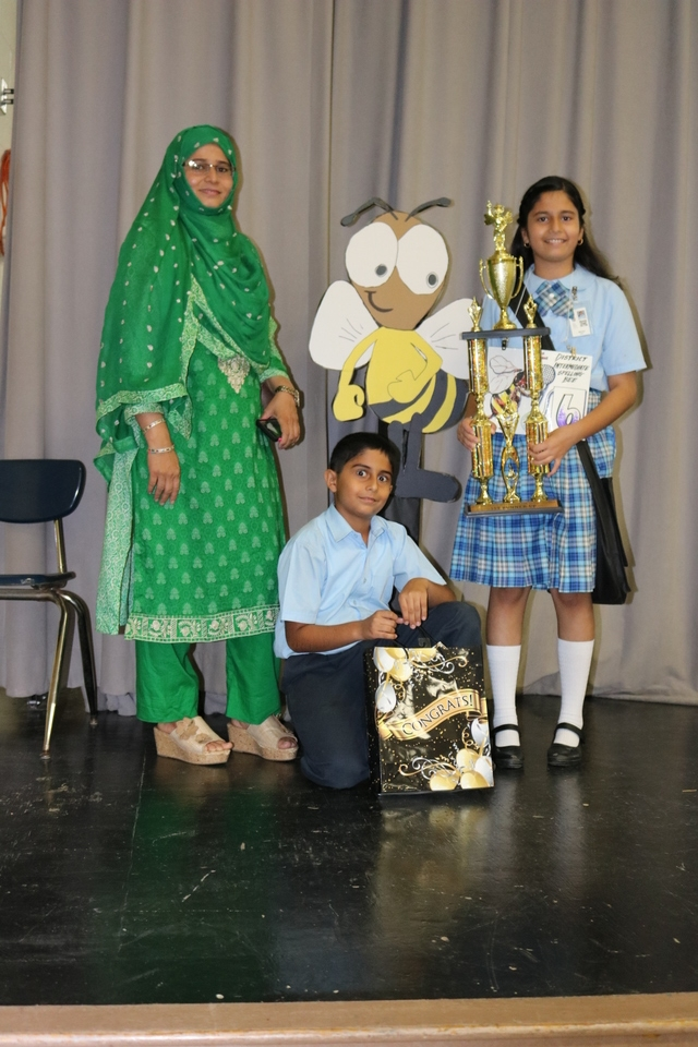 Wanya Baig and Family.jpg